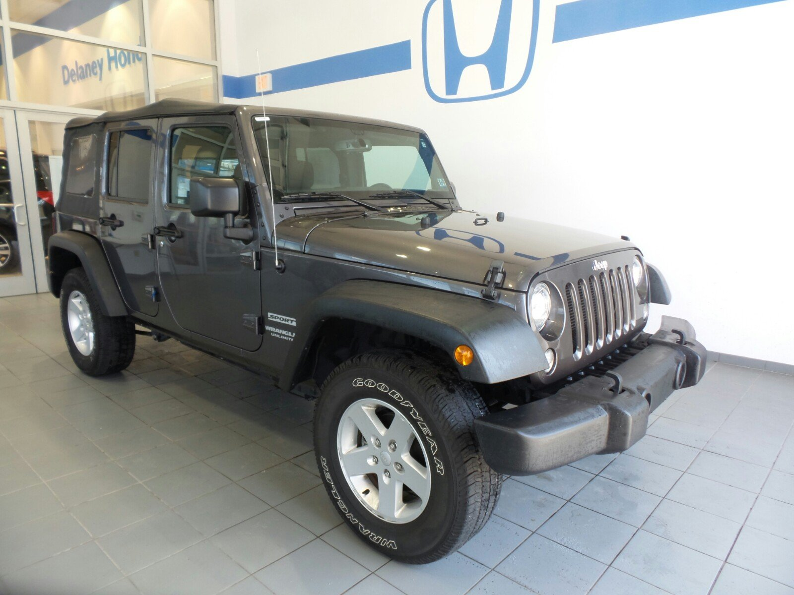 carfinder view wrangler for of jeep auctions auto lot x left en scranton certificate on copart in pa online sale black salvage