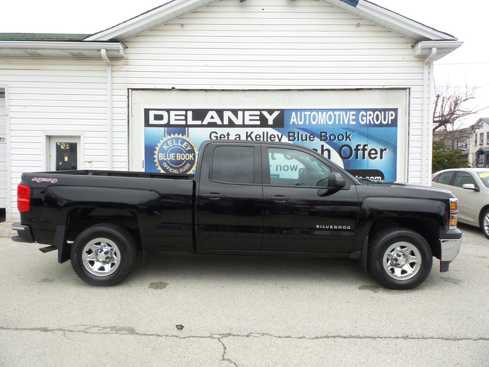 price silverado exterior wb chevrolet photos cab ft features box in regular reviews wt truck